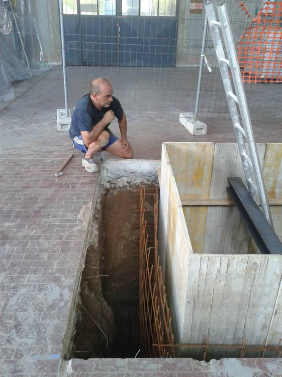 costruzione vasca per macchinario