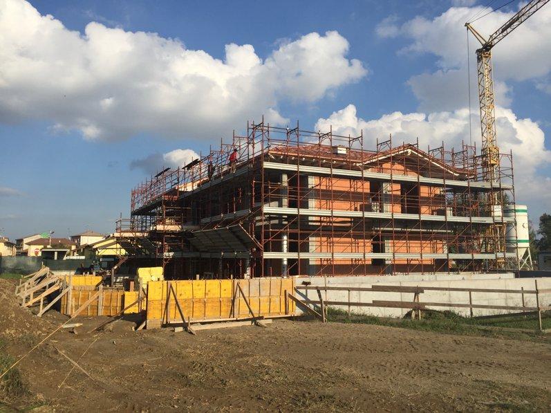 nuova costruzione - palazzina salerano sul lambro